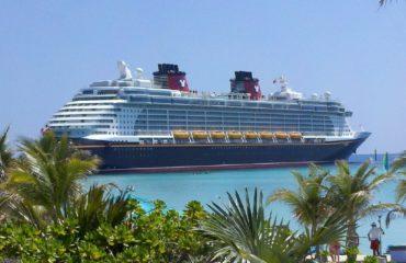 cruise-ship-615116