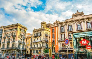 barcelona-2176452_960_720
